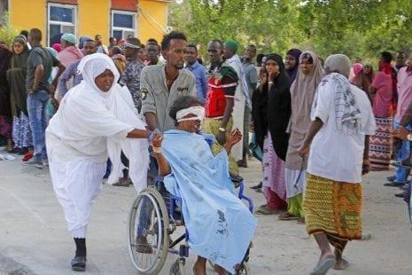مقديشو: مقتل أكثر من 70 شخصا بتفجير سيارة مفخخة