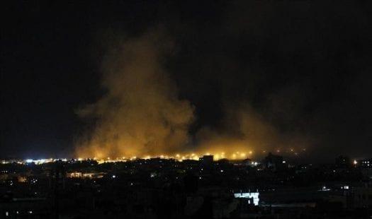 طائرات الاحتلال تستهدف أرضًا زراعية شرق دير البلح