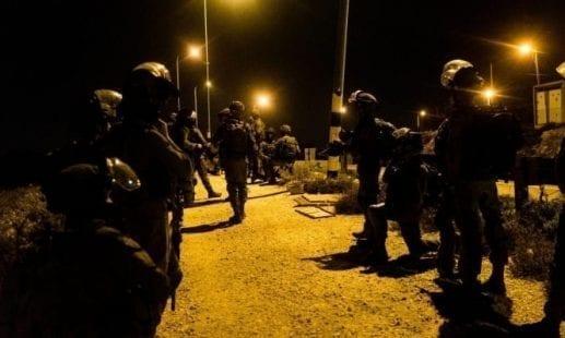 انتهاكات الاحتلال: إصابات خلال مسيرة دعم للأسرى بنابلس ونصب حاجز ببيت لحم