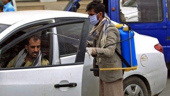 كورونا .. الفيروس يقتحم بلد عربي جديد والأمل يتنامى في أوروبا