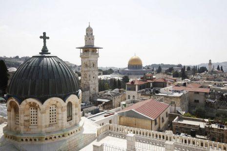 خطيب الأقصى: المسلمون والمسيحيون في خندق واحد بمواجهة الاحتلال