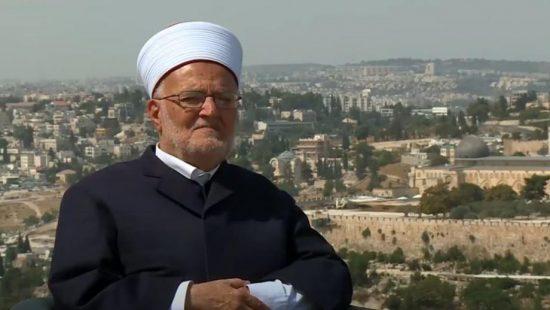 خطيب المسجد الأقصى : الاحتلال يسعى لتحويل مصلى باب الرحمة لكنيس يهودي