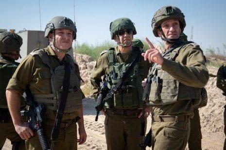 صحيفة عبرية تكشف سلاح جديد استخدمه الاحتلال خلال العدوان الأخير على غزة
