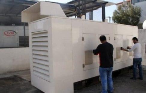 أصحاب المولدات البديلة بغزة قرروا تقنين ساعات العمل بسبب نفاذ الوقود