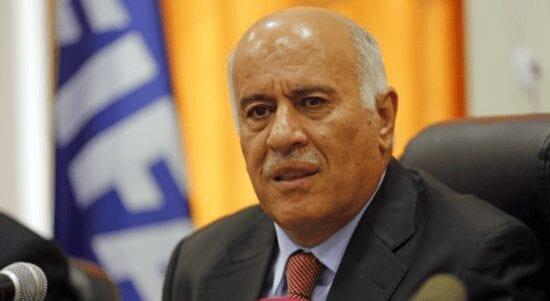 الرجوب يوقع اتفاقية لاختيار كرة القدم الرسمية للاتحاد الفلسطيني