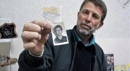 الأسير نائل البرغوثي يدخل عامه ال41 في سجون الاحتلال