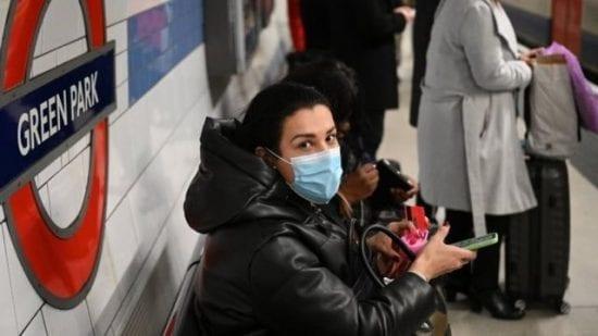 بريطانيا: دعوات للالتزام بالمنازل ومخاوف من إغراق المستشفيات بمرضى كورونا