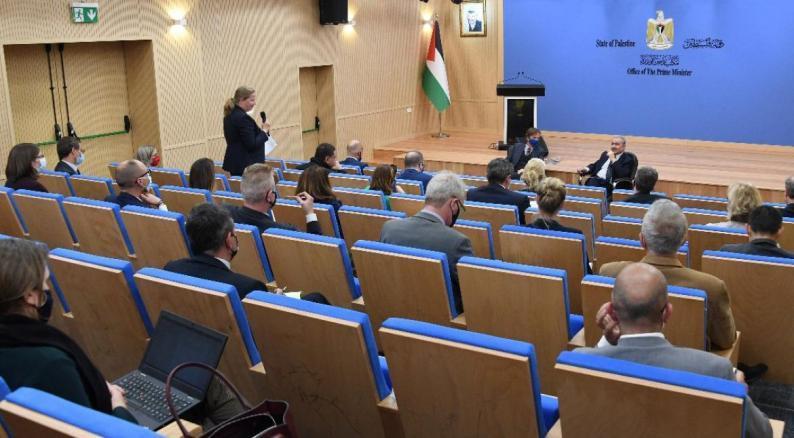 اشتيه يطالب بضغط أوروبي لإلزام إسرائيل احترام الاتفاقيات بشأن انتخابات القدس