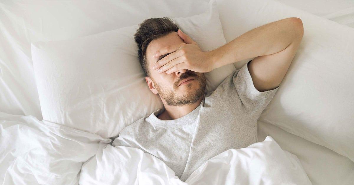 هل تستطيع تعويض نقص ساعات النوم في أيام العطلة؟ إليك الإجابة