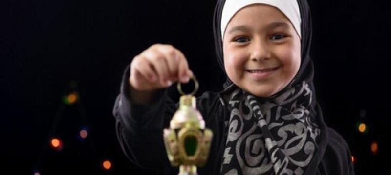 كيف نستطيع إعداد أطفالنا لشهر رمضان المبارك؟