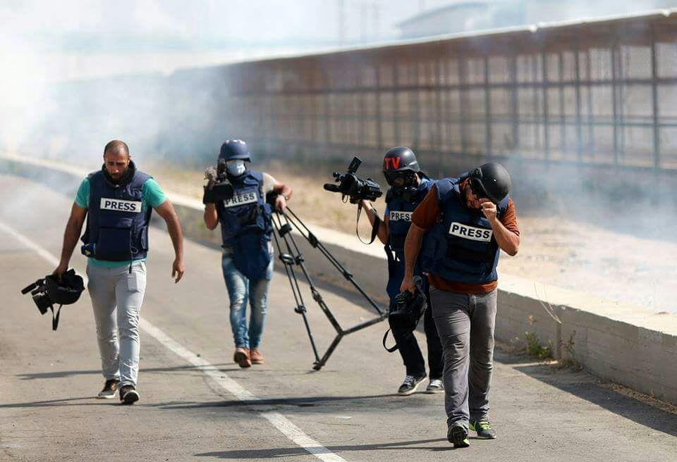 مركز الميزان يصدر تقريراً حول استهداف الاحتلال للصحفيين خلال العدوان