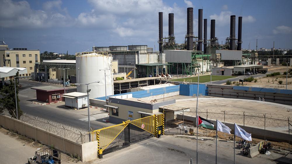 شركة الكهرباء بغزة: مخزون الوقود في محطة التوليد يوشك على النفاذ غداً