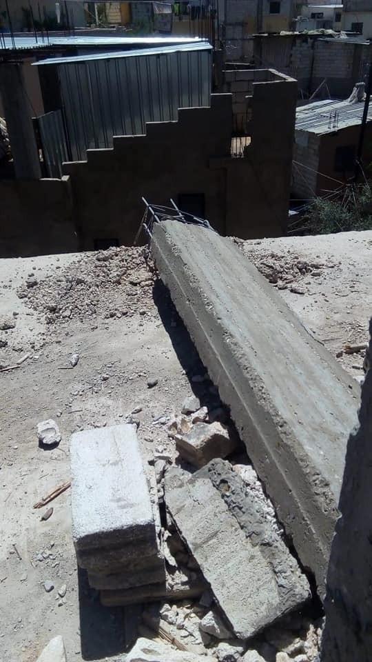 الأمن اللبناني يوقف لاجئ فلسطيني لبنائه سكناً فوق منزل عائلته