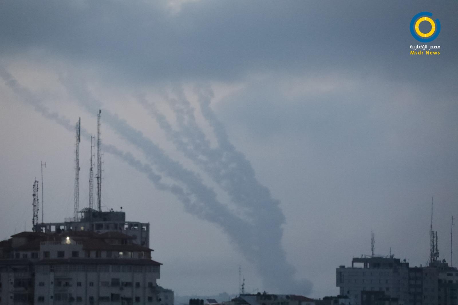 مقتل جنديين إسرائيليين وإصابة 10 آخرين جراء رشقات صاروخية من غزة