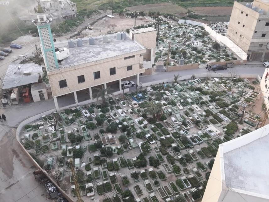 سرقة معدات من مخيم نهر البارد للاجئين الفلسطينيين بلبنان
