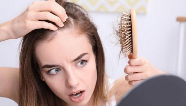أغذية حماية الشعر من التساقط بعد التعافي من كورونا