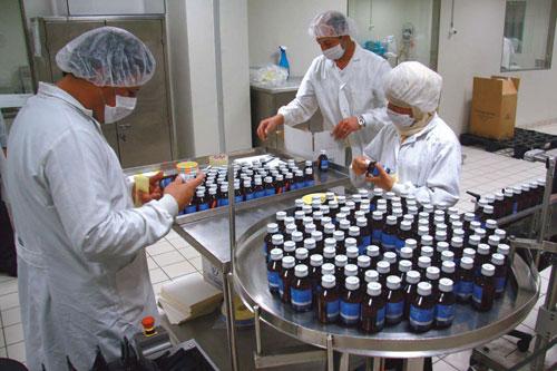 وزارة المالية برام الله تعتمد آلية للتدفقات النقدية لموردي الأدوية