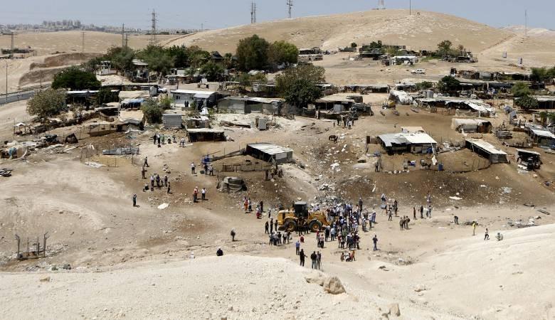 المحكمة الإسرائيلية لن تتعجل في البت بإخلاء قرية خان الأحمر