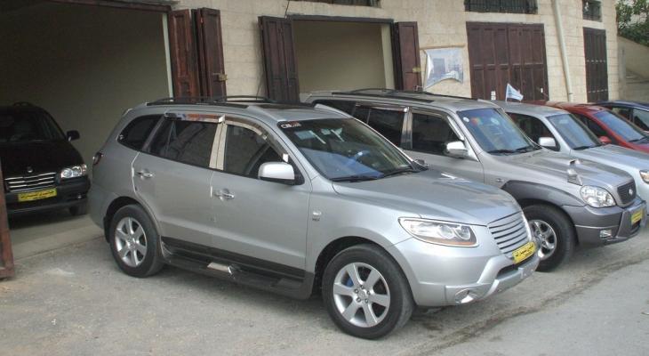 النخالة يوضح لمصدر أسباب ارتفاع أسعار السيارات الحديثة بغزة بنسبة 30%