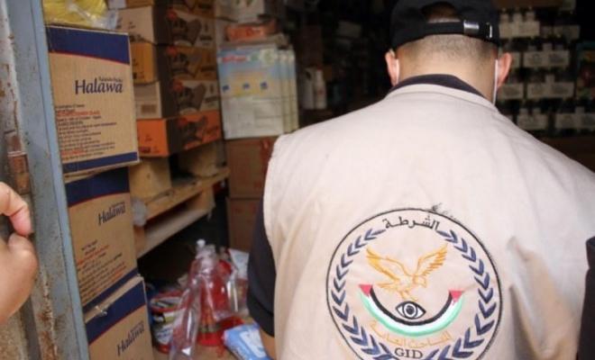تحرير 31 محضر لتجار مخالفين وضبط مخزن غير قانوني شرق غزة