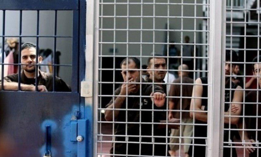 رفضاً للاعتقال الإداري.. 5 أسرى يقررون مقاطعة محاكم الاحتلال وعدم تناول الدواء