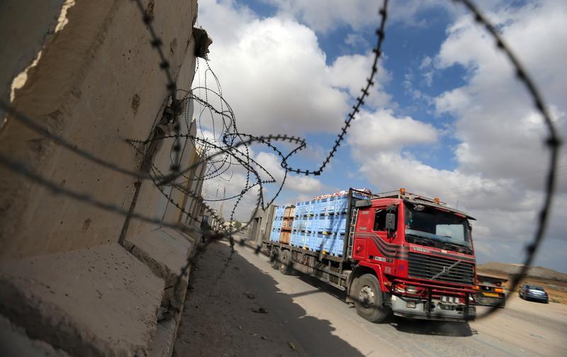 العصار لمصدر: نطالب بزيادة عدد الشركات المصرية العاملة على معبر رفح